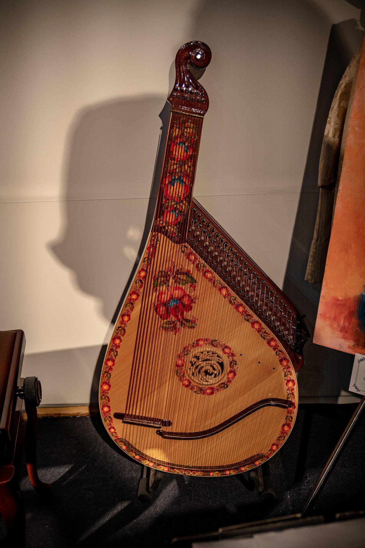 ウクライナの民族楽器バンドゥーラ